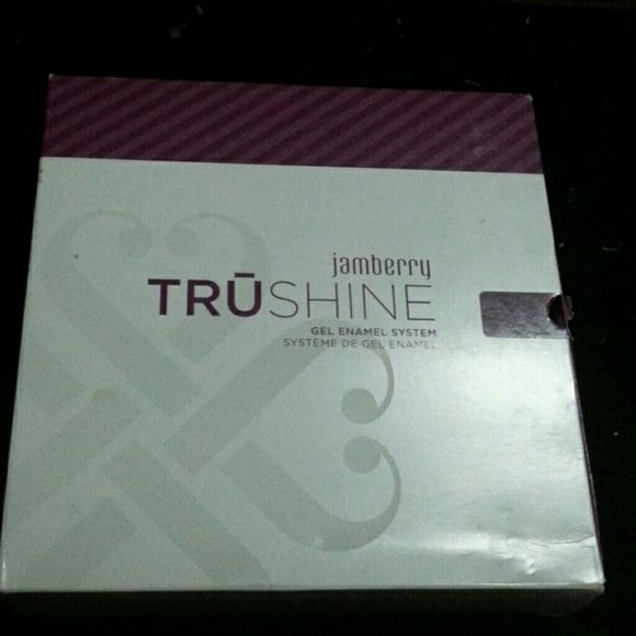 Jamberry trushine gel enamel system nwt gel nail kit cuticle oil jamberry trushine gel enamel system gel nail kitnail solutioingenieria Image collections