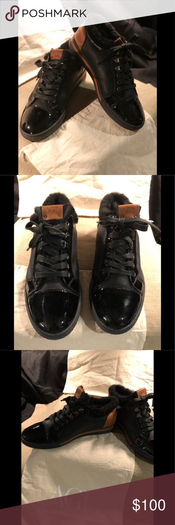 NWOT AGL Tennis Shoes, size 38 (8