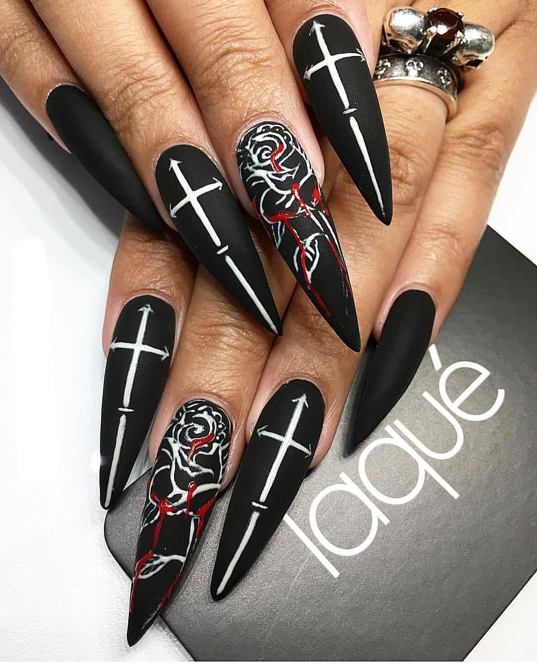 Pin by Cierra Lopez💀 on Acrylic nails | Pinterest | Gothic nails ...