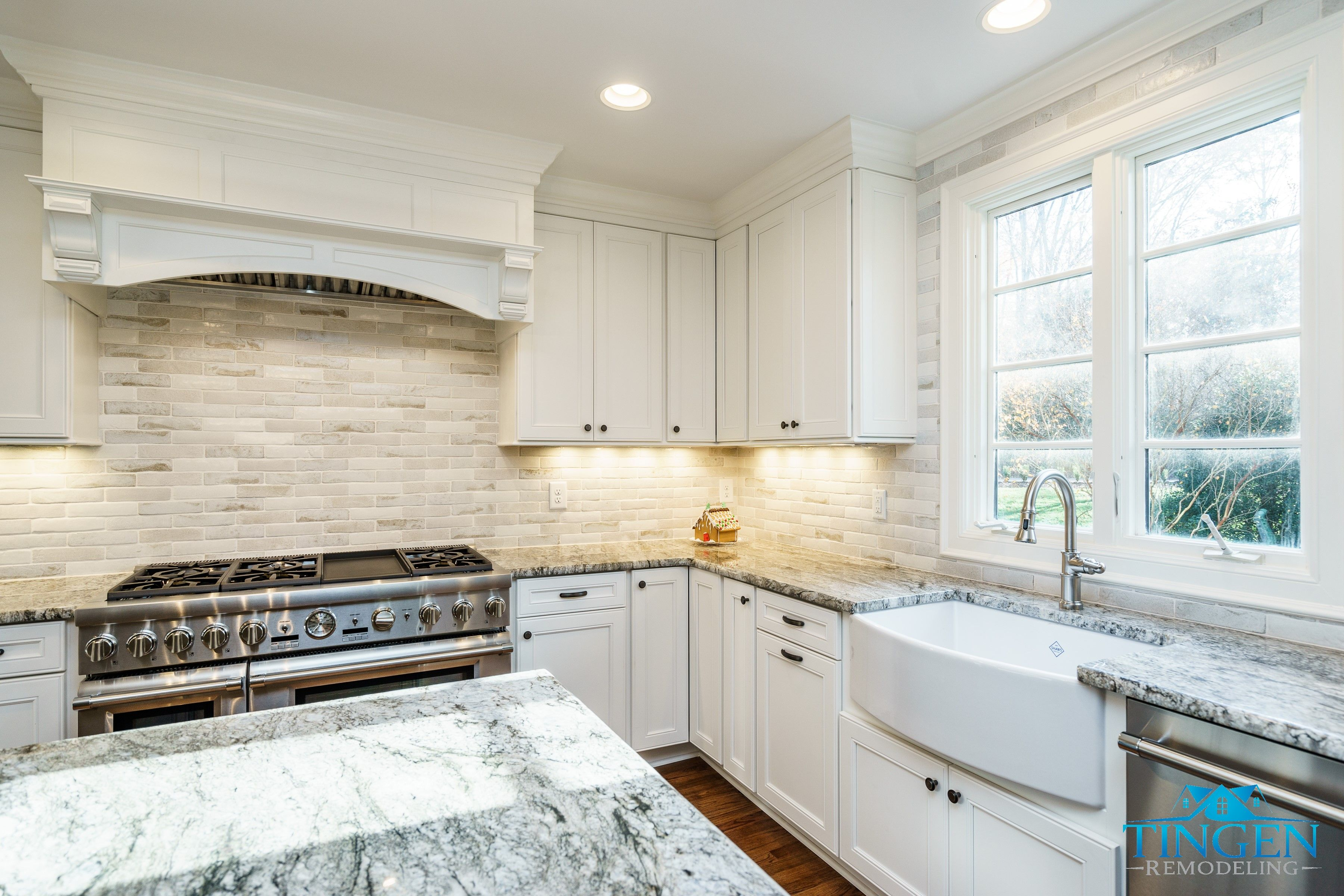 Tingen Remodeling Raleigh Nc Thermador Kitchen Cabinets Brizo Rohl Sink Faucet Remodel Remod Custom Kitchen Remodel Kitchen Remodel Home Remodeling