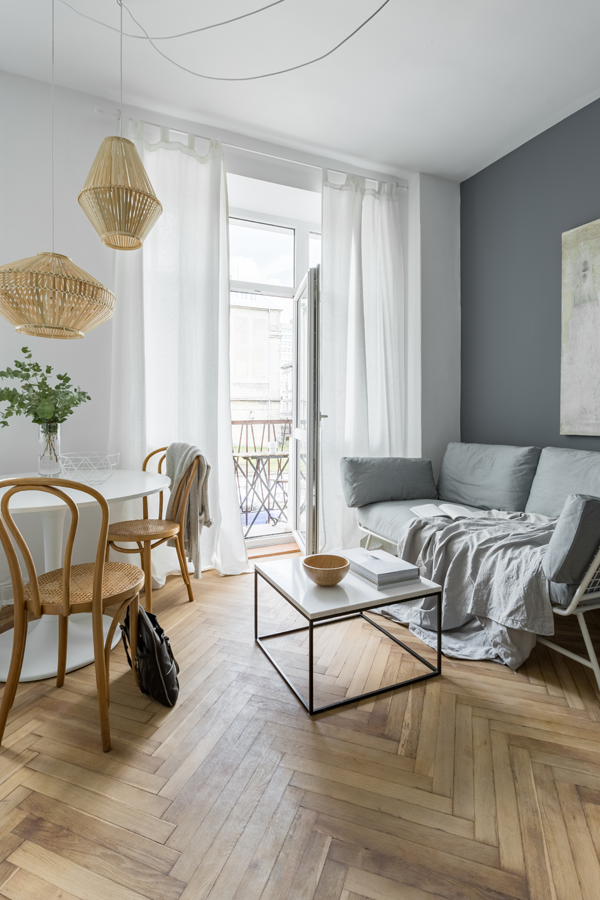 Dunkle Wandfarbe gestalten So lässt Du Dein Zimmer heller