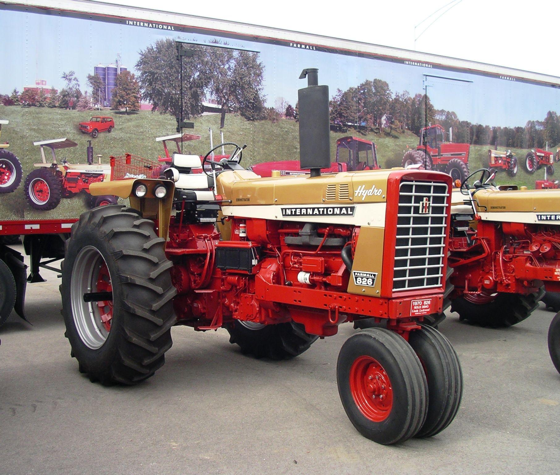 1970 IH 826 Gold Demo Hydro   Farmall tractors, Tractors