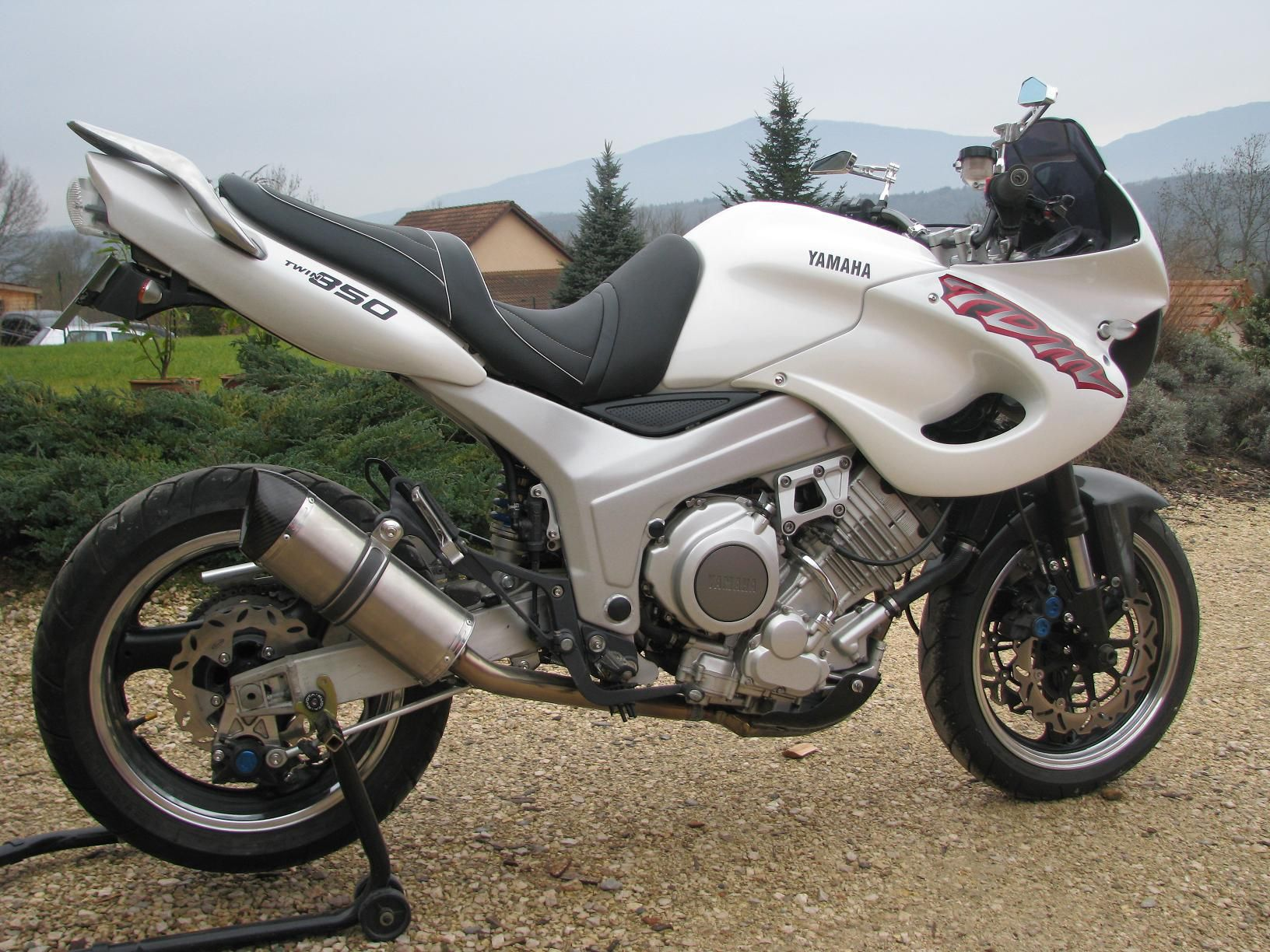 mon tdm 4tx apres modifications tdm 850 motorcycle. Black Bedroom Furniture Sets. Home Design Ideas