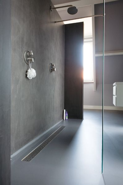 Bathroom Design with seamless floors and walls by Senso