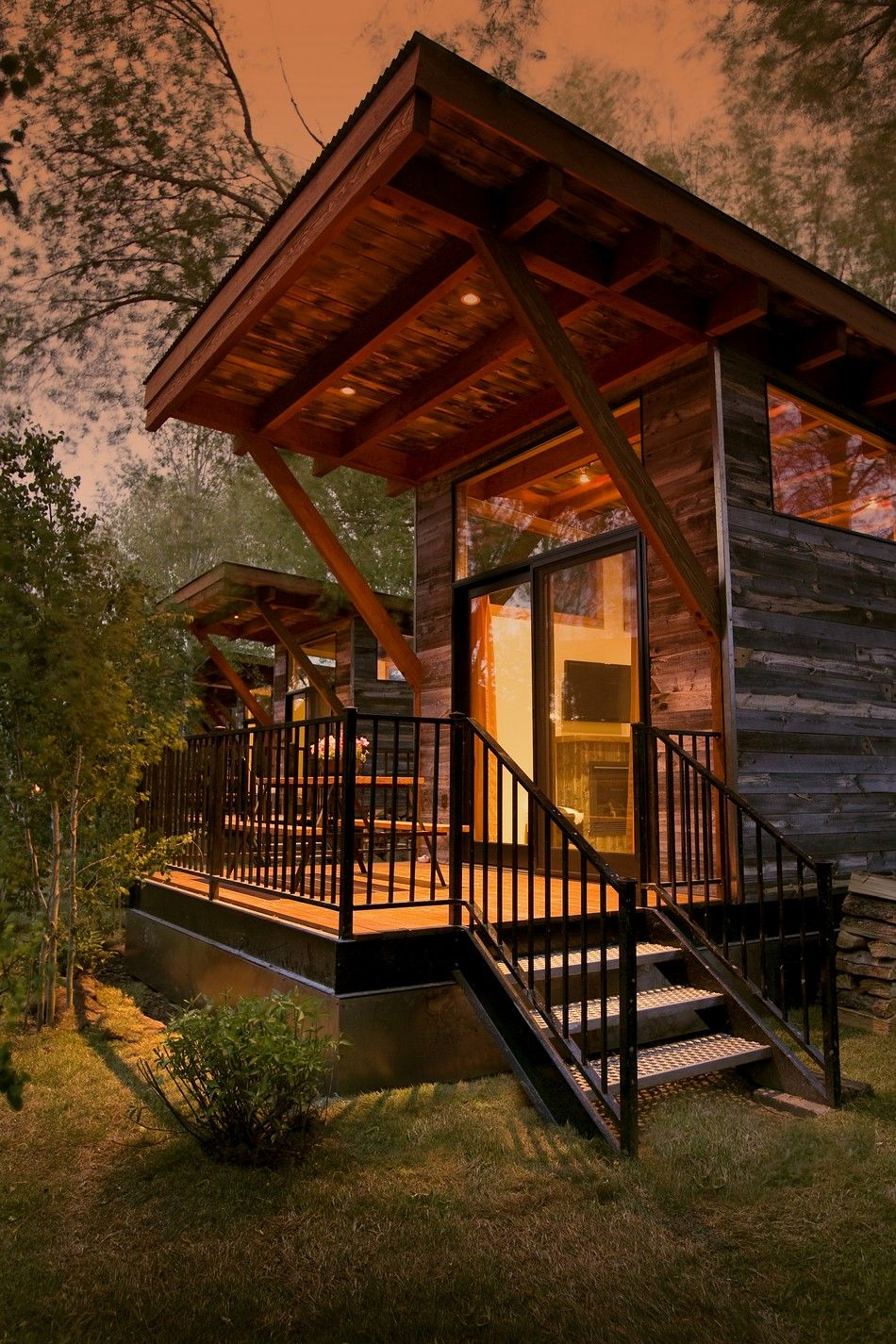 10 Peaceful Cabin Designs That Immerse Themselves In