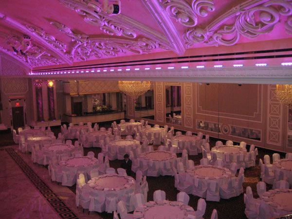 David Tutera Wedding Receptions 10 Budget Dos And Don Ts Of Booking Your Venue