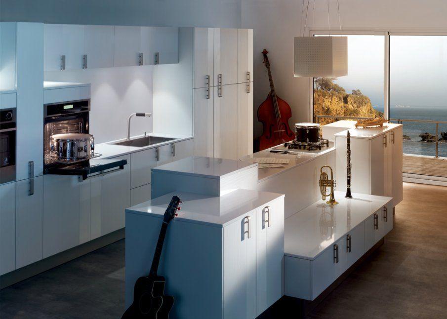 Cuisine Ilot Ce Qu On A Repere Chez Les Cuisinistes Loft Designs Home Kitchen