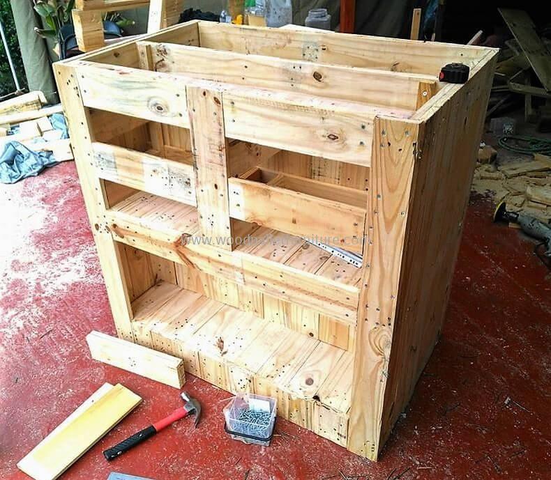 Diy Wood Pallets Garden Bar Table 6