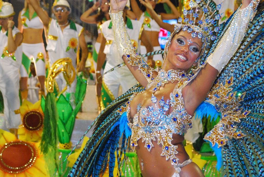 Carnaval in Rio de Janeiro is the biggest carnival in the world ...