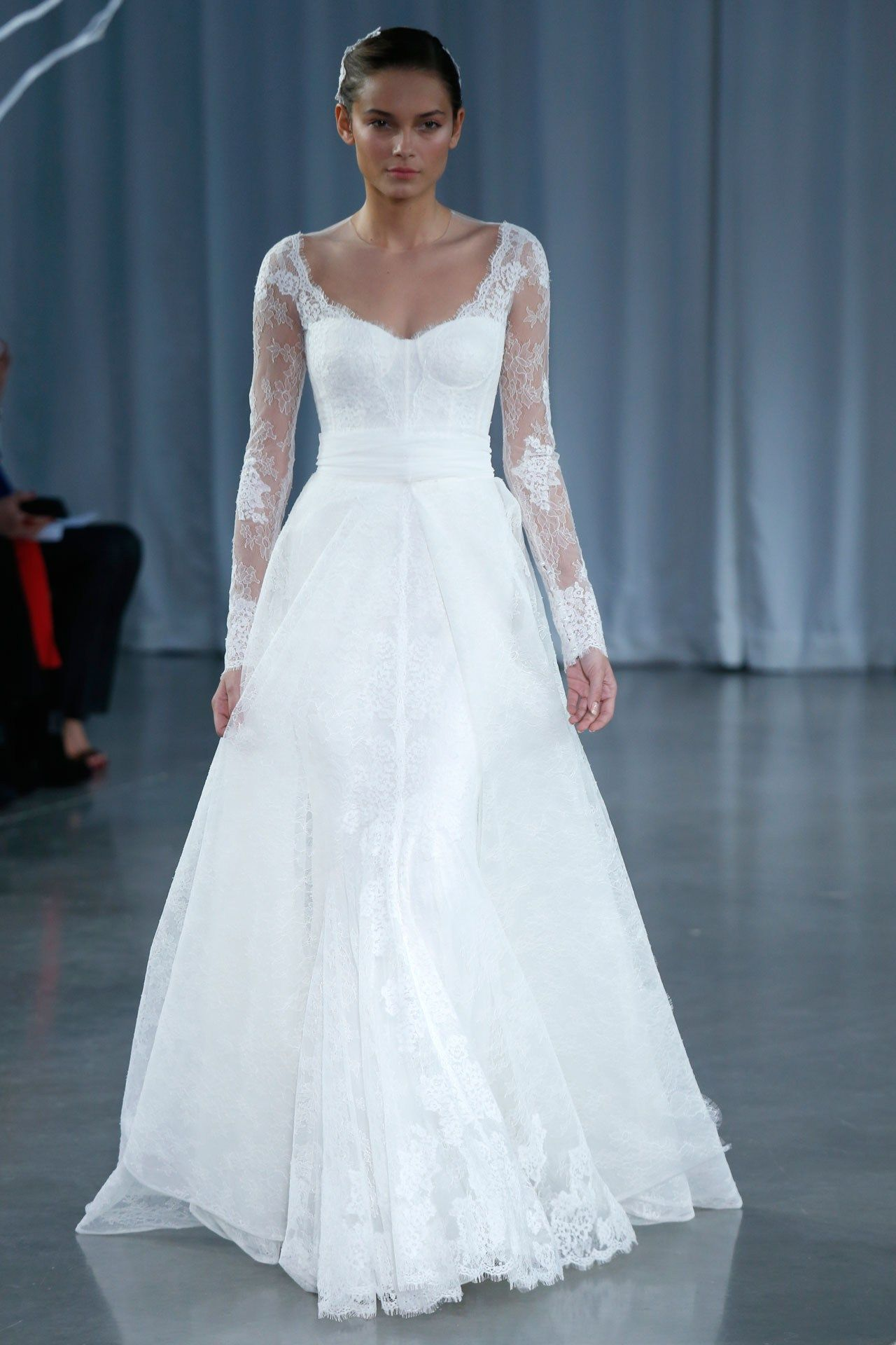 Wedding dresses the ultimate gallery for Vera wang robes de mariage d hiver