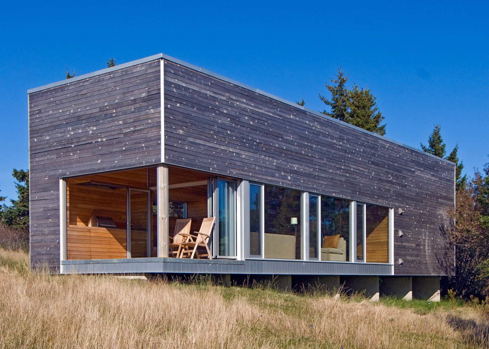 This Timber Clad Gym And Spa Building Was Designed By Mackay Lyons Sweetapple Architects To Accompany A Residence On Nova Scotia S Atlantic Coast 画像あり 家