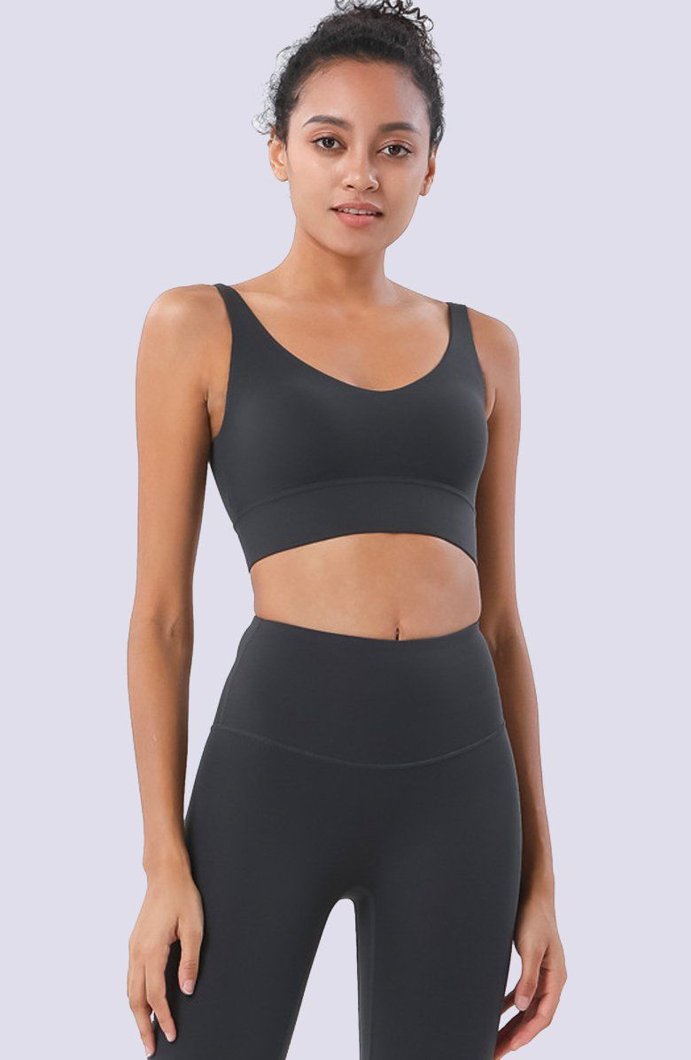 Comfortable, supportive and cute af, our Focus Sports Bra in a pretty dorian grey hue is a musthave. We love it