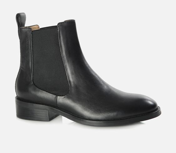 Pin by REBECCA on SHOES | Black leather chelsea boots, Boots
