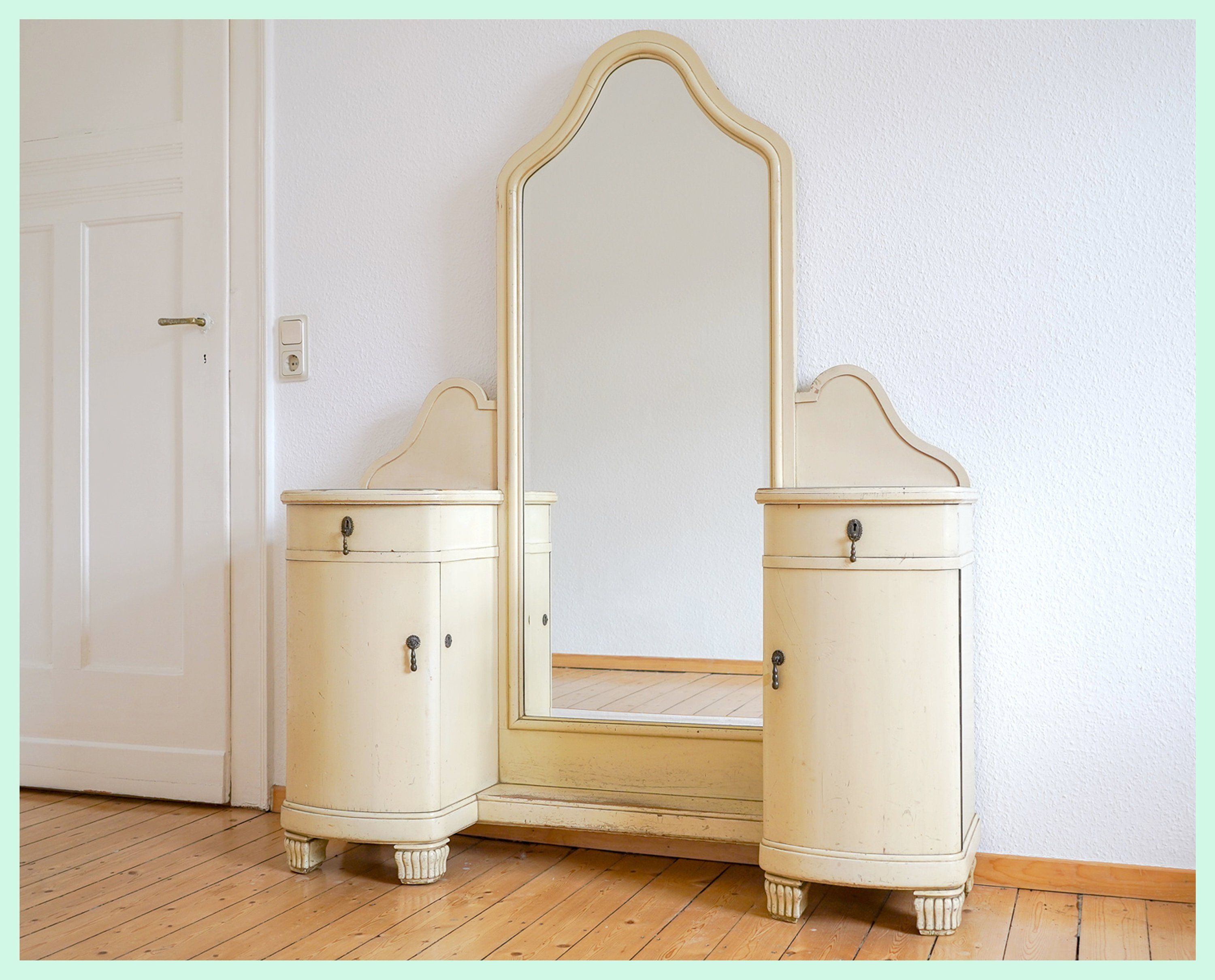 Rare Antique Vintage Shabby Chic Dressing Table Vanity Table