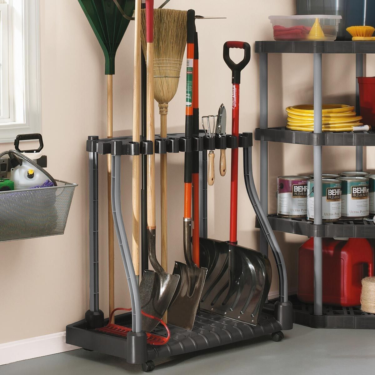 10 Diy Garage Shelves Ideas To Maximize Garage Storage: 10 Ideas For Hanging Garden Tools, Most Of The Brilliant