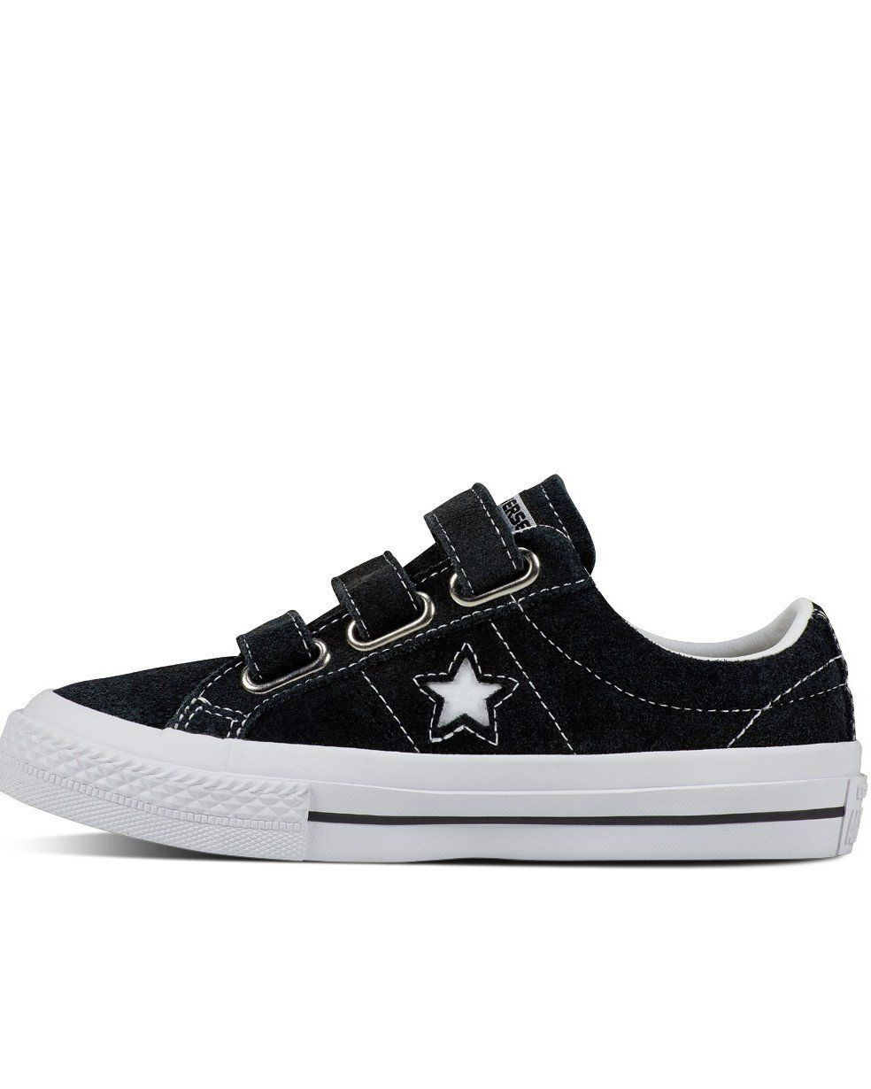 d2188bd98f6 Converse Chuck Taylor One Star 3V Suede Low Top has three velcro straps.  Street style
