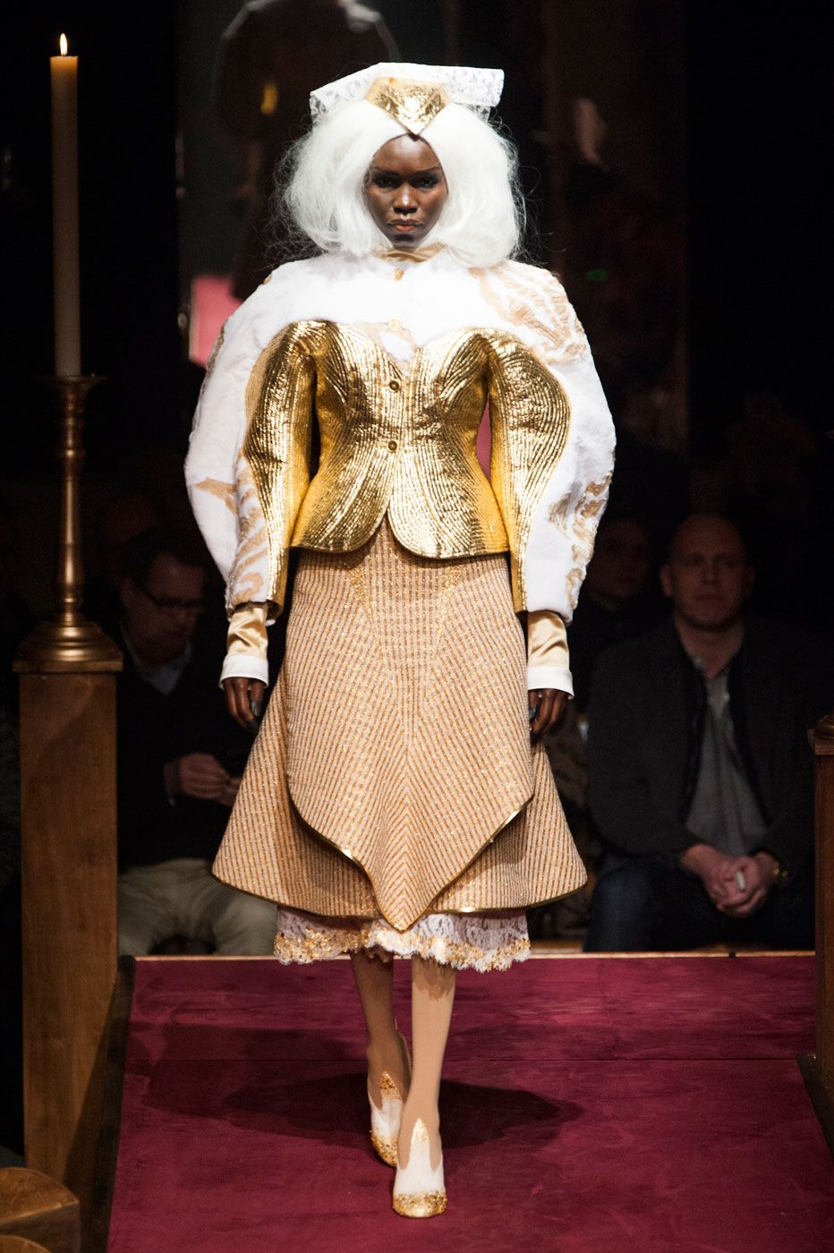 foto Thom Browne Built a Church, and the Fashion Crowd Came ToWorship
