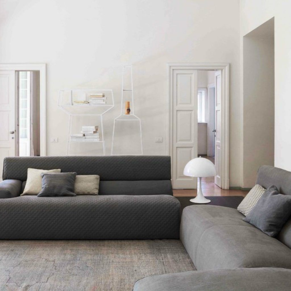 How To Choose The Right Sofa For Your Living Room Most Designs Are Between 45cm And 50cm High How To Choose A Sofa Color How To Choose The Best Sofa For