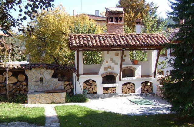 Come realizzare un caminetto per esterno per abbellire il giardino camino pinterest - Caminetto per esterno ...