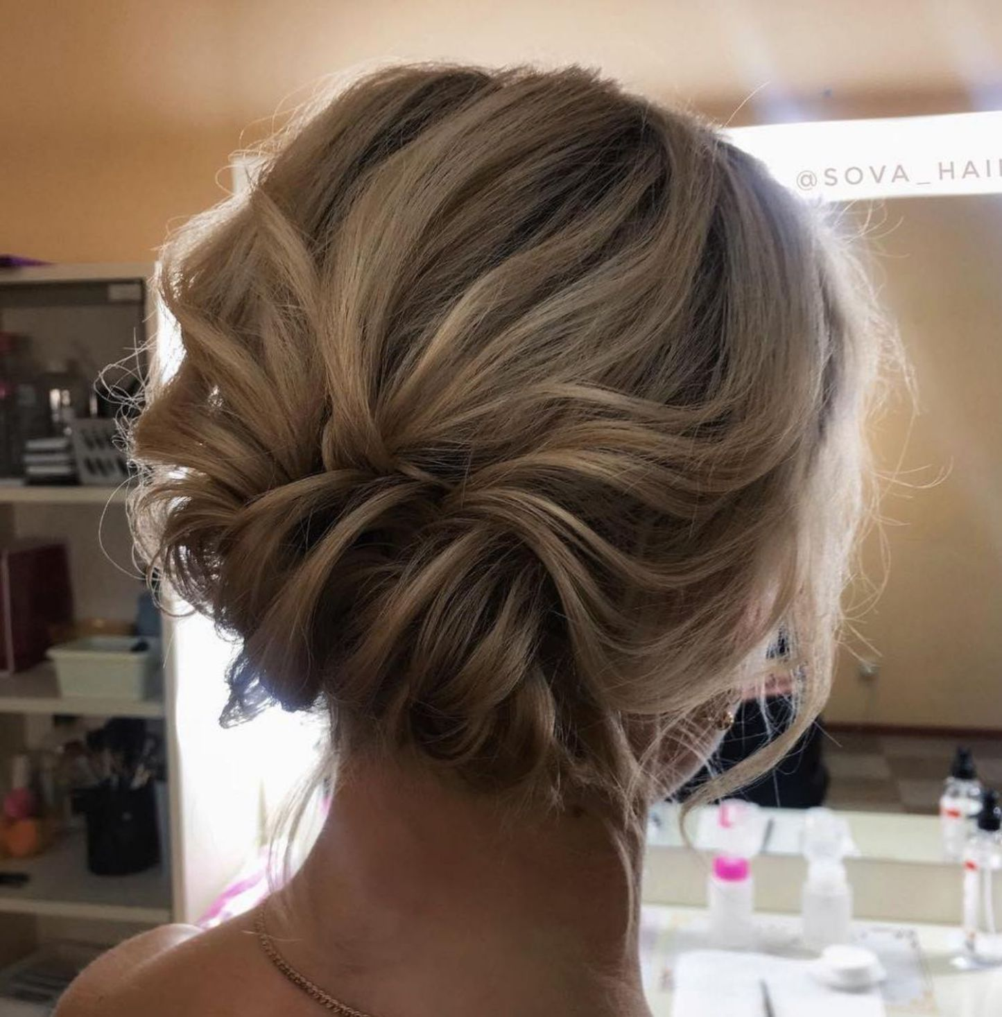 Messy Updo For Medium Fine Hair Updos For Medium Length Hair Medium Fine Hair Medium Length Hair Styles