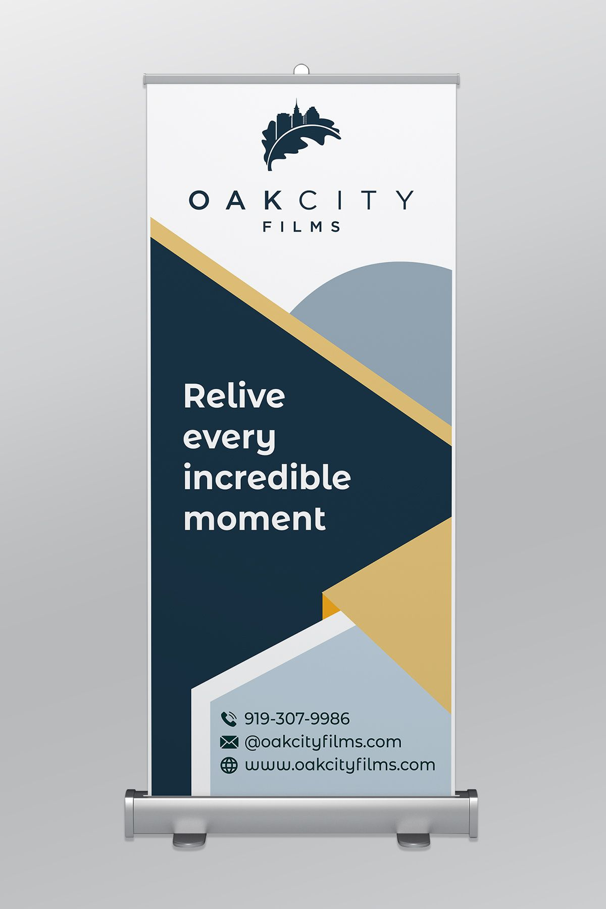 Banner Advertising Stand