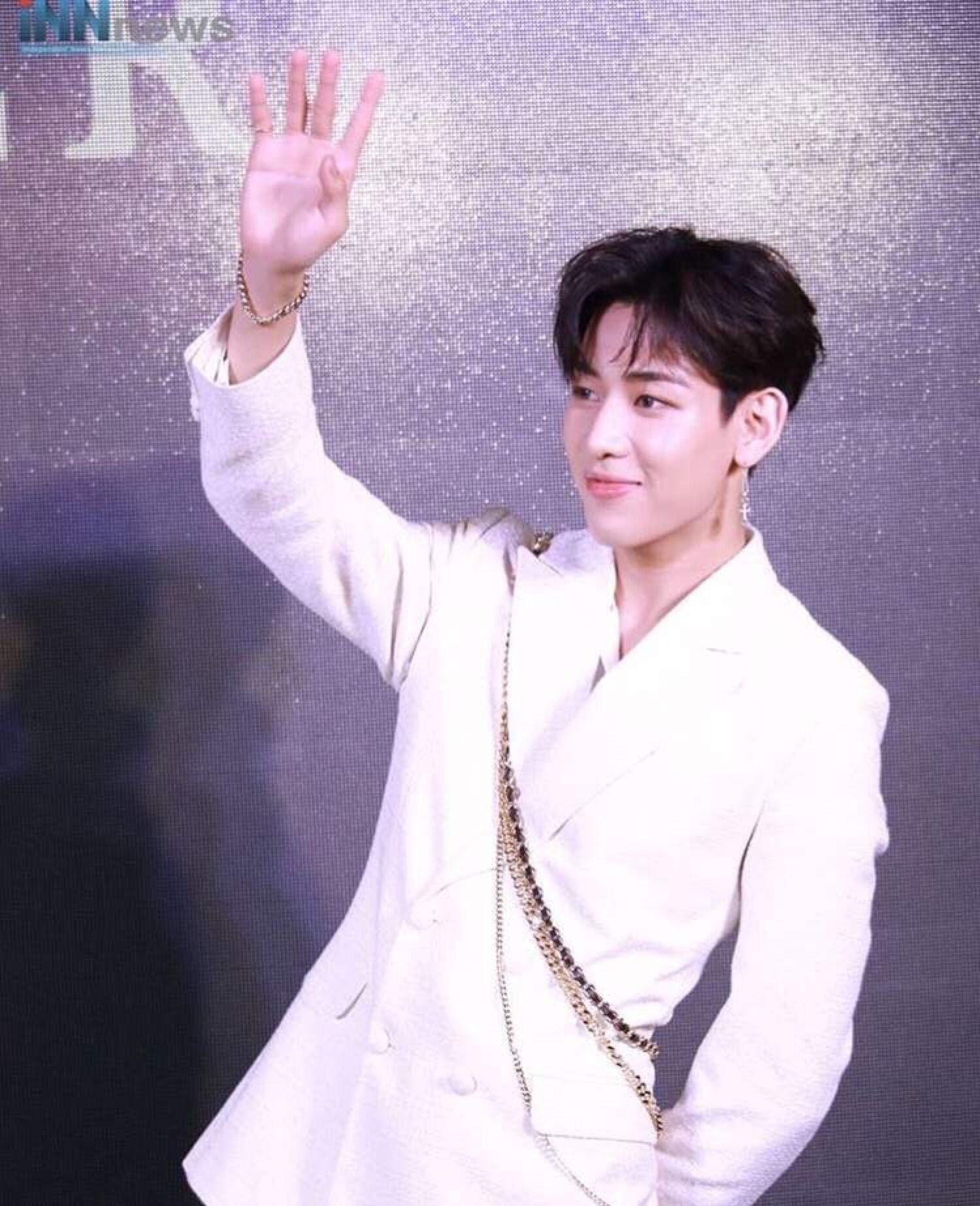 Bambam Prince Of Thailand He Looks Like Royalty Bambam Korean Idol Prince Of Thailand