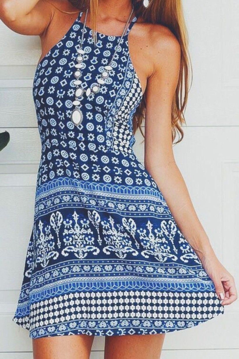 Super Cute Dress And I Like The Necklace Summer Dresses Fashion Printed Beach Dresses [ 1230 x 820 Pixel ]