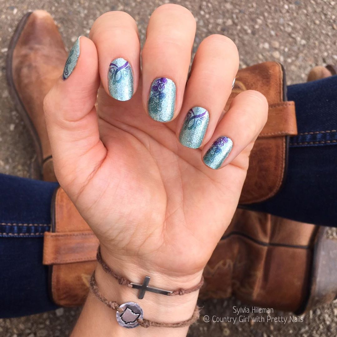 @countrygirlwithprettynails shared a photo on Inst