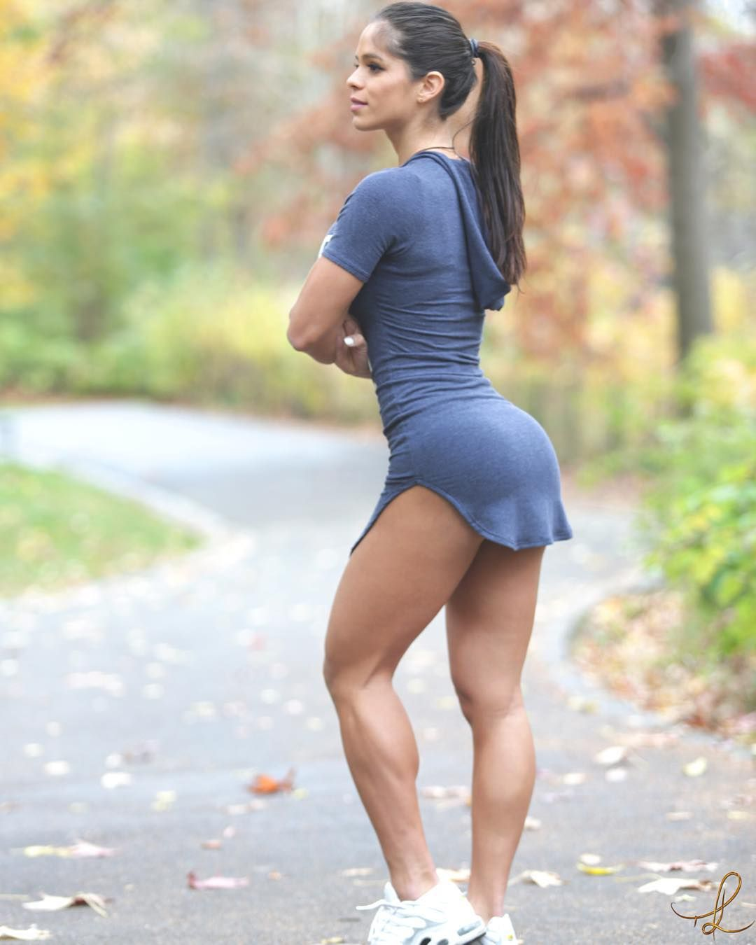 Michelle Lewin Centralpark Dayoff In Newyork Help Me Plz Kim Angelica Chocker Hole Dress Broken White