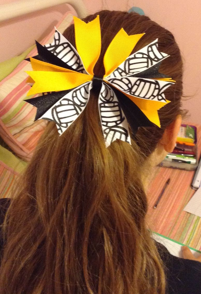 Cute ribbon i made for volleyball really easy message me if you want