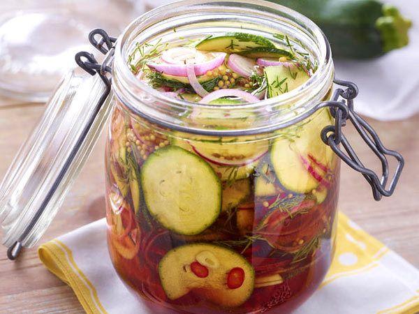 einmach rezepte f r herzhaftes im glas pinterest zucchini einlegen einlegen und zucchini. Black Bedroom Furniture Sets. Home Design Ideas