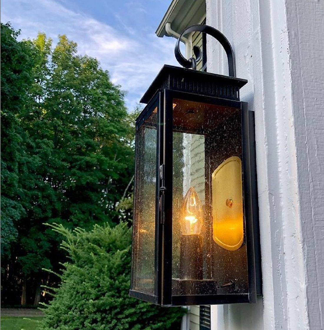 1800 Series 1 Light Outdoor Wall Lantern In 2020 Outdoor Wall Lantern Wall Lantern Porch Lighting