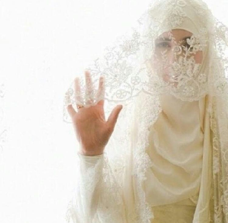 mc bride muslim single women If you like when men and women have different gender roles than dating a muslim woman is the right choice in the muslim society men work and supply the family, while women must handle the housekeeping and the kids.