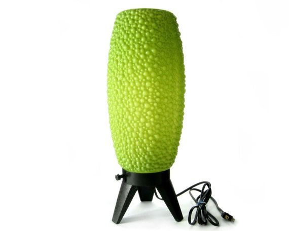 Mid Century Lamp / Avocado Green / 1960s Atomic Tripod Lighting / Bubble Beehive  Lamp on