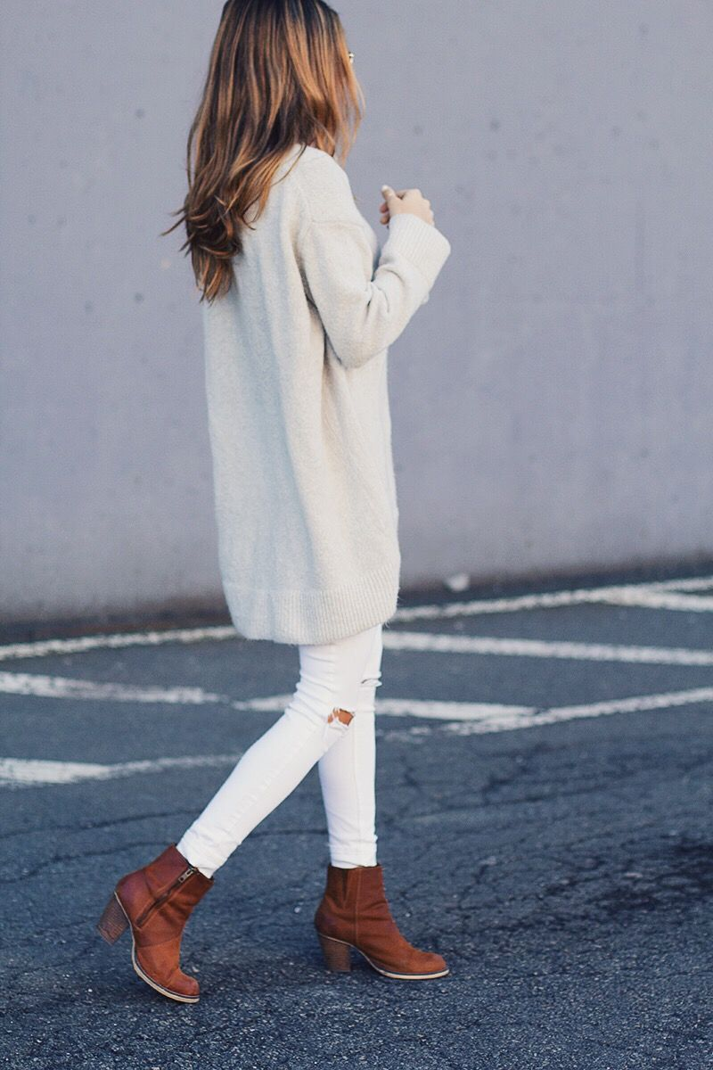 WINTER WHITES - Lindsay Marcella