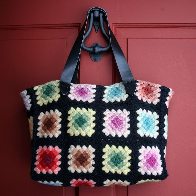 By Far The Easiest Way To Make A Gorgeous Granny Square Tote Bag