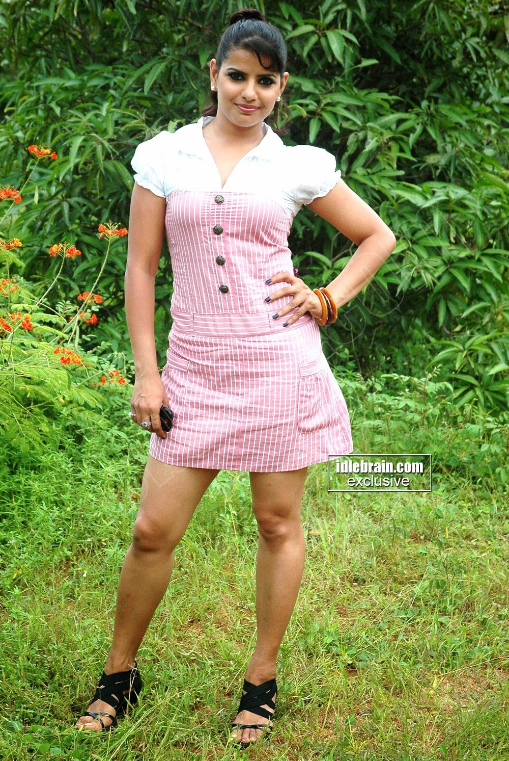 Madhu Shalini Nude Photos Good madhusharam | frock and mini skirt, the best dress of indian