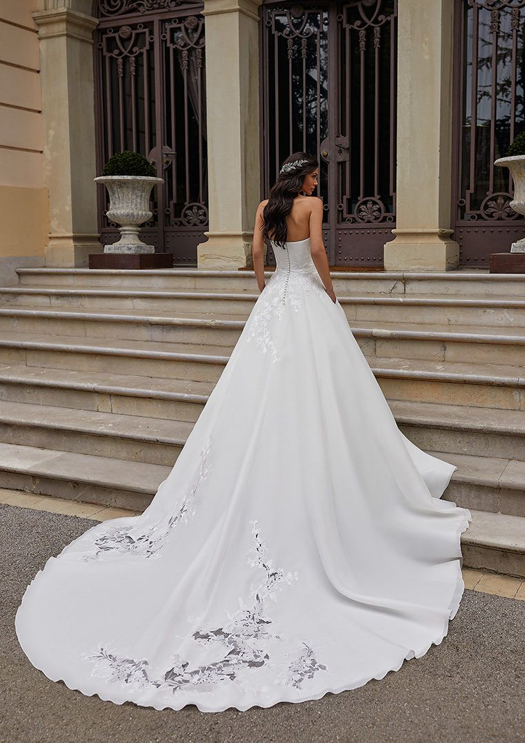 Strapless Princess Wedding Dress With Open Back Ingram Wedding Dresses Strapless Wedding Gown Luxury Bridal [ 1076 x 761 Pixel ]
