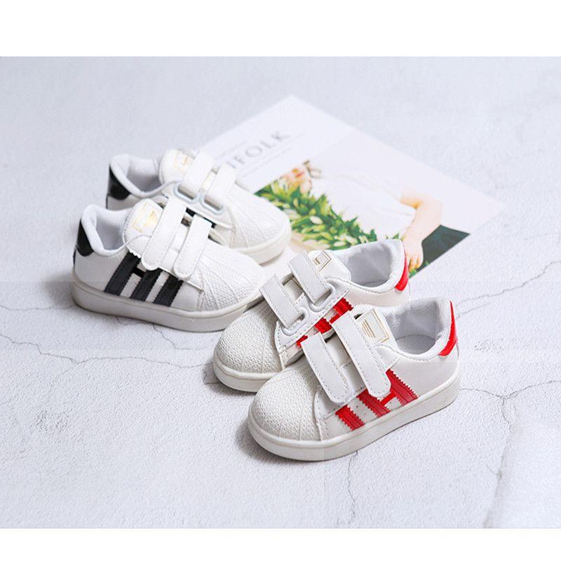 c7c0615d9f 2017 Shell typ kopf junge mädchen Atmungsaktive schuhe Sneaker Casual Flach  Student Schuhe Mode kinder sportschuhe