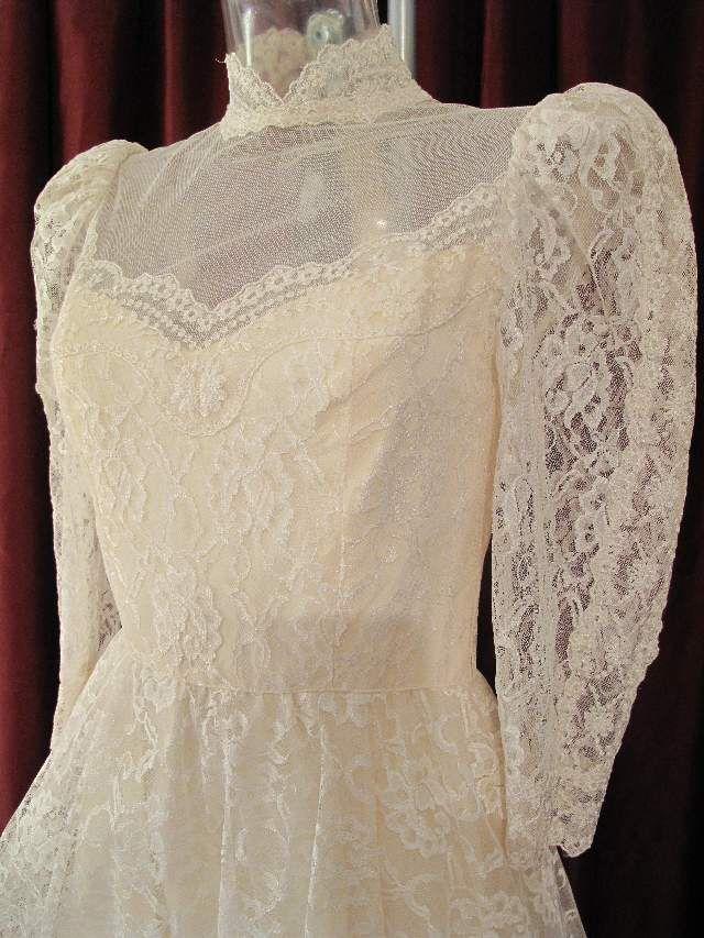 Edwardian-style lace dress ❤️☺️