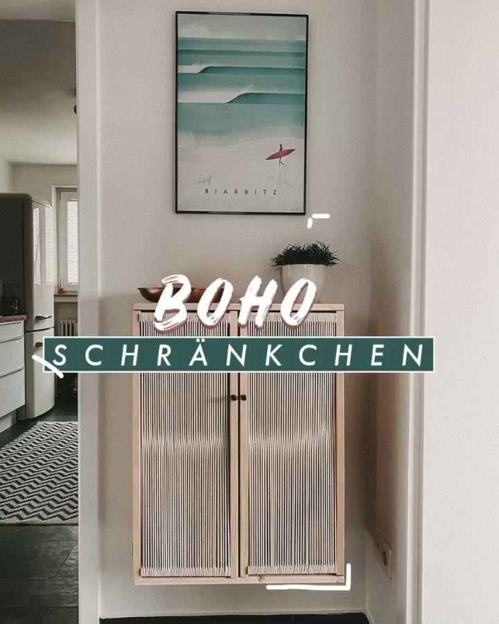 Photo of DIY Boho Hängeschrank selber bauen – Schwebe Regal
