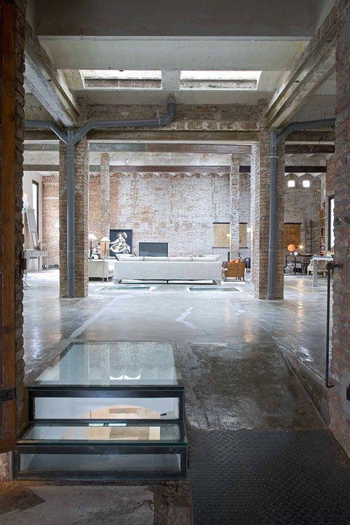 Boiserie c loft interni case mobili ma maison de for Appartamento design industriale