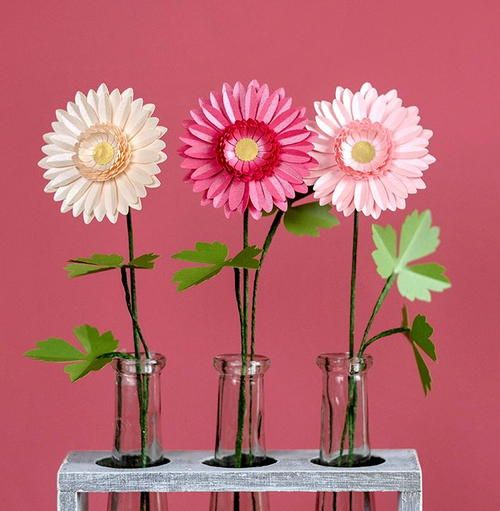 Delightful pink paper daisies pink paper paper flowers and flowers learn how to make these simple paper gerbera daisies with paper flower designer lia griffith mightylinksfo
