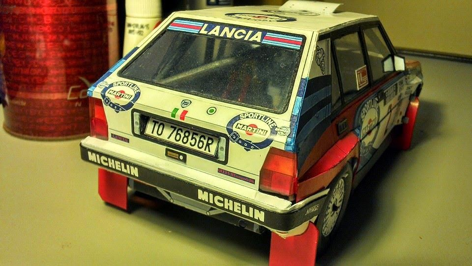 Papercraft formula 1 rally rock n 39 roll paper model for Papercraft lancia