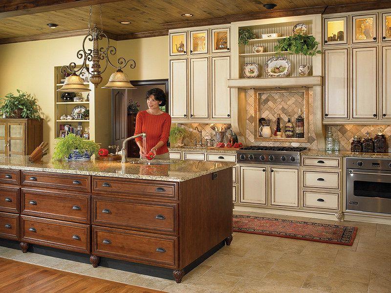 Plantationmtuscany Nutmegchocisland Tuscan Kitchen Kitchen Cabinetry Design Kitchen Cabinet Door Styles