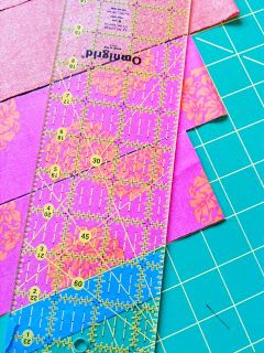 A Few Scraps: Cutting fabric for Sprockets