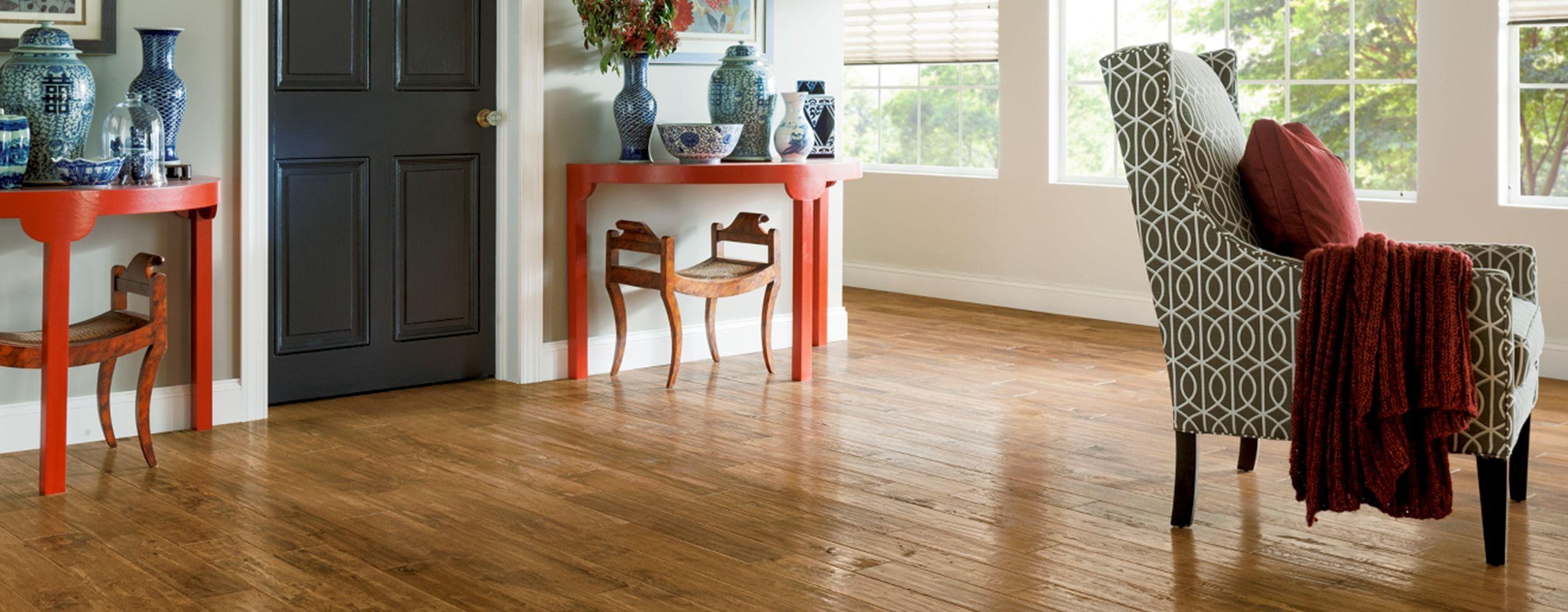 Engineered Hardwood vs. Solid Hardwood Luxury vinyl tile