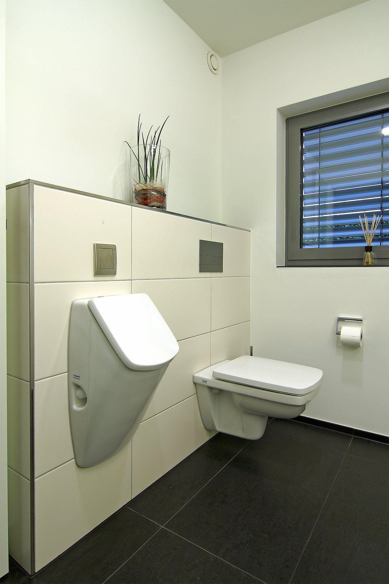 hier kommen beiden geschlechter auf ihre kosten toilette und urinal im g ste wc g ste wc. Black Bedroom Furniture Sets. Home Design Ideas