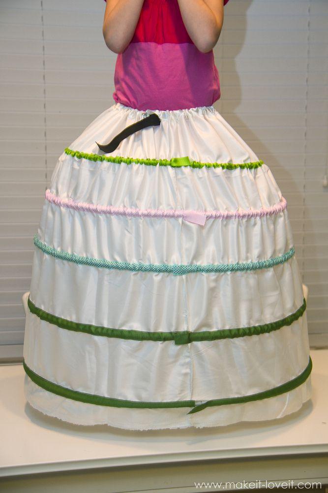 make a hoop skirt lightweight cheap plumbing pipe plastic flex pipe sewing costume