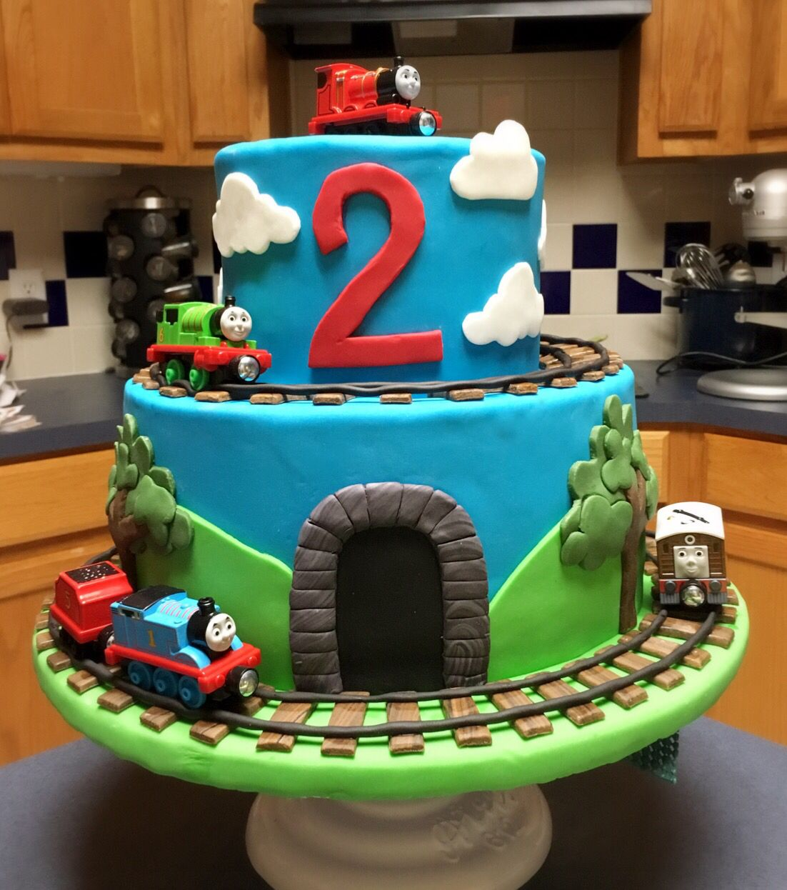Awesome Thomas The Train Cake Plus Thomas The Train Cupcake Holder Plus Funny Birthday Cards Online Inifofree Goldxyz